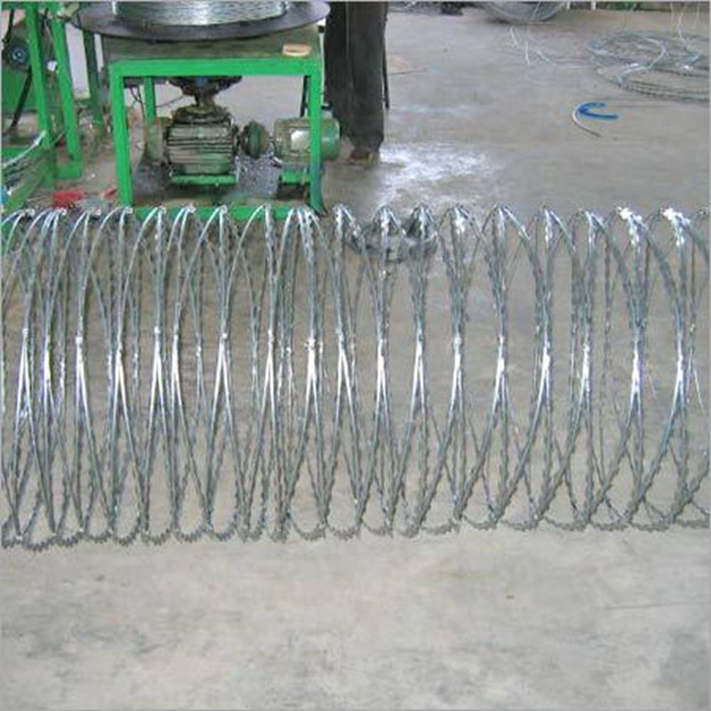 Creating Barbed Wire Fence