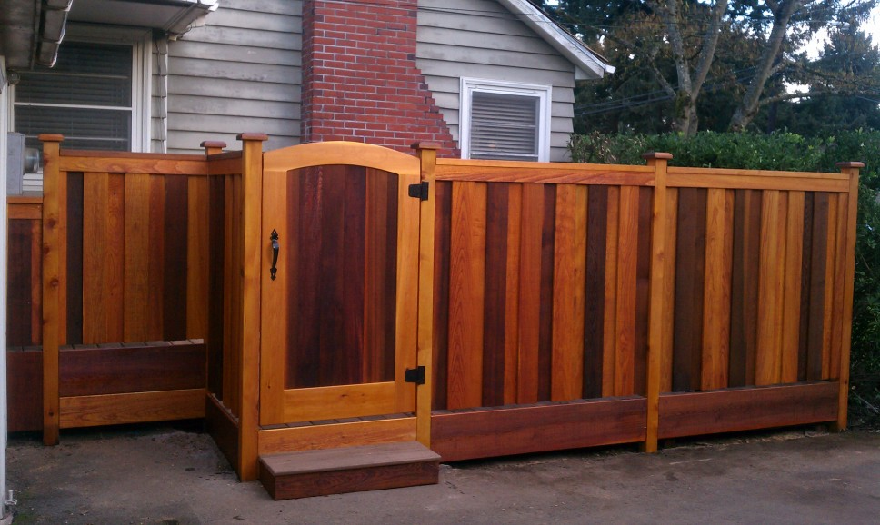Image of: Custom Cedar Fencing