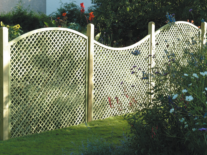 Diamond Lattice Trellis Fence Panels