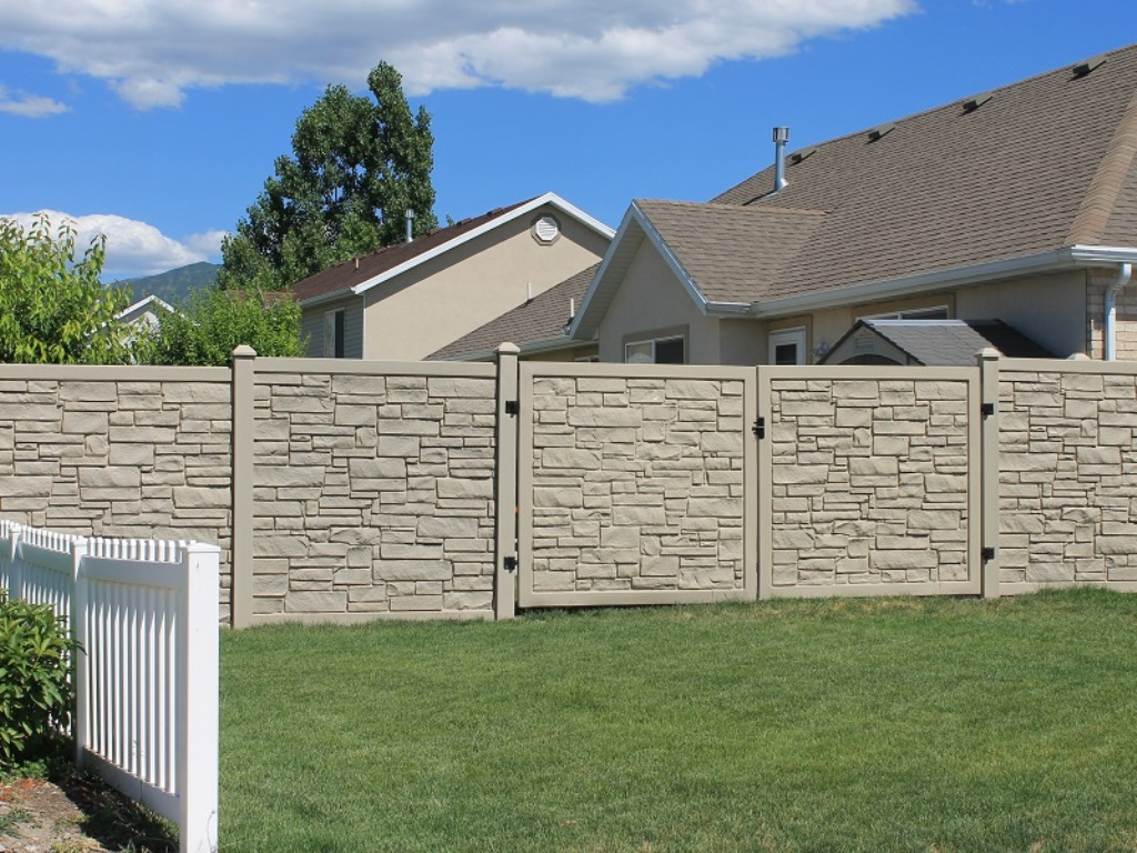 Image of: Ecostone Fence Installation