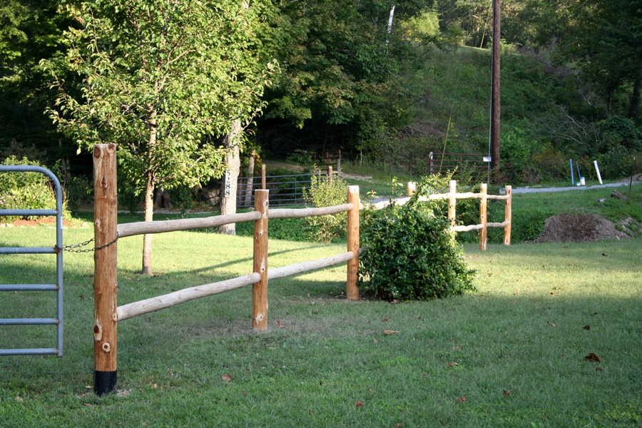 Image of: Farm Cedar Fence Posts