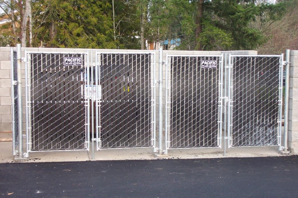 Image of: Fence Slats Chain Link