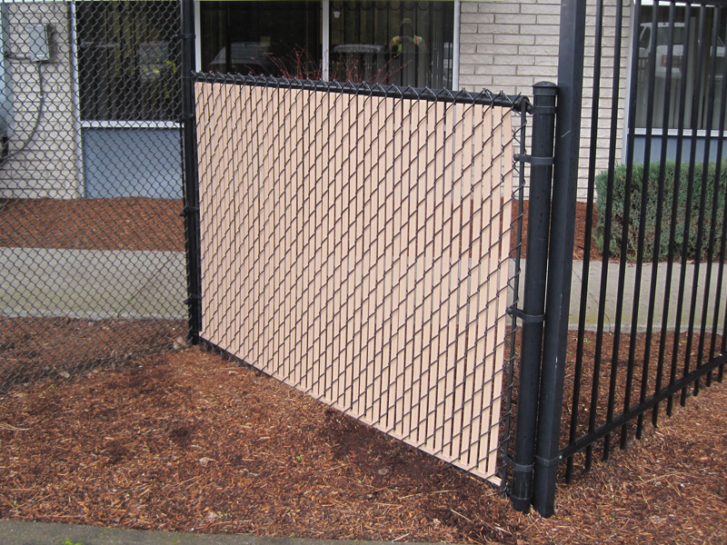 Image of: Fence Slats Entrance