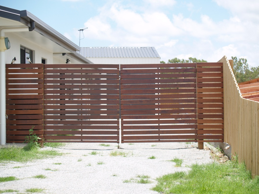 Image of: Fence Slats Narrow