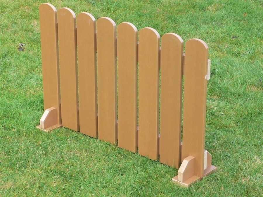 Image of: Free Standing Outdoor Fence Picture