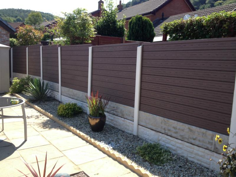 Image of: Good Composite Fence