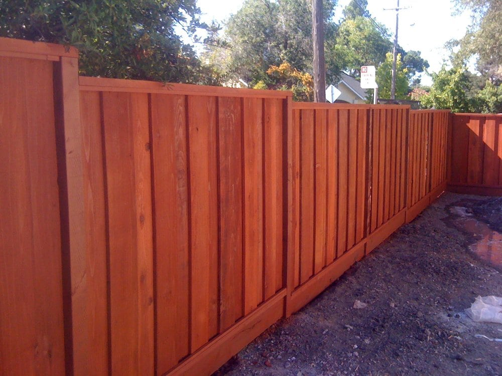 Image of: Good Neighbor Fence Wide