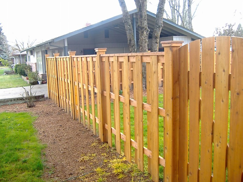 Image of: Good Neighbor Fence Wooden