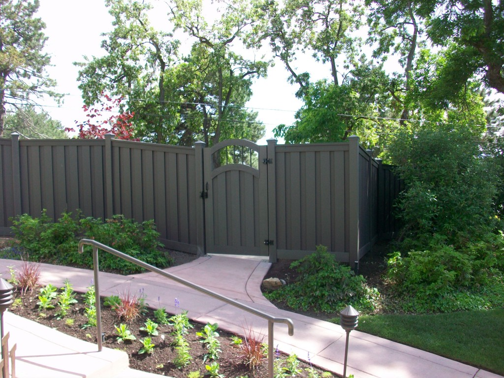 Image of: Grey Composite Fencing