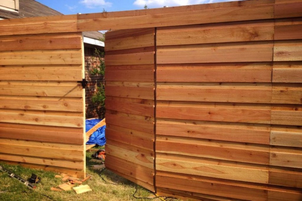 Horizontal Fence Plans Designs
