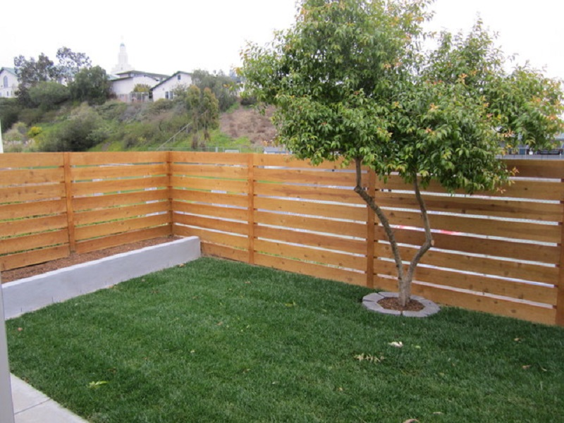 Horizontal Wood Fence Home