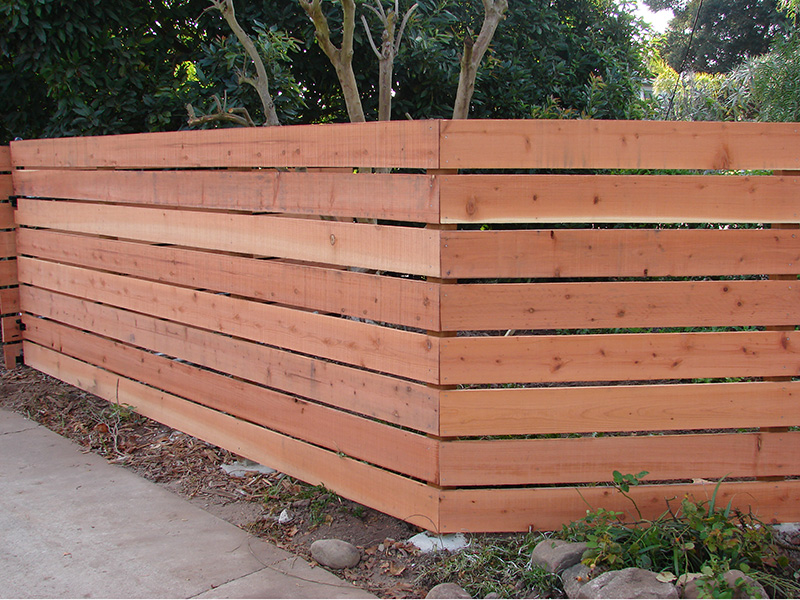 Image of: Horizontal Wood Fence Type