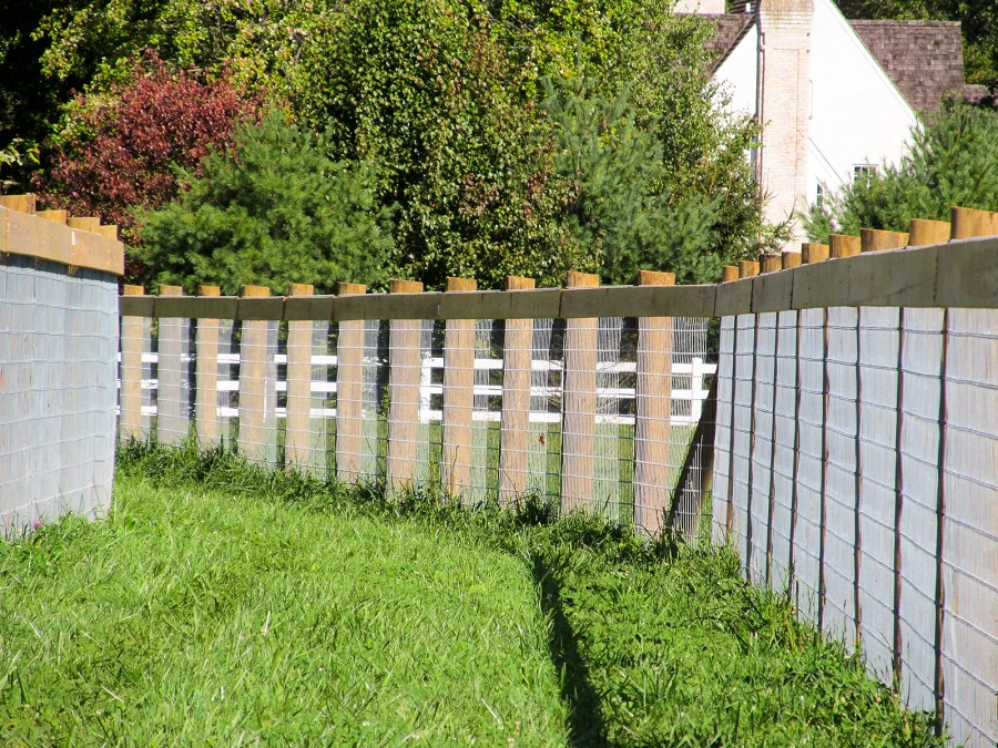 Image of: Horse Fence Designs
