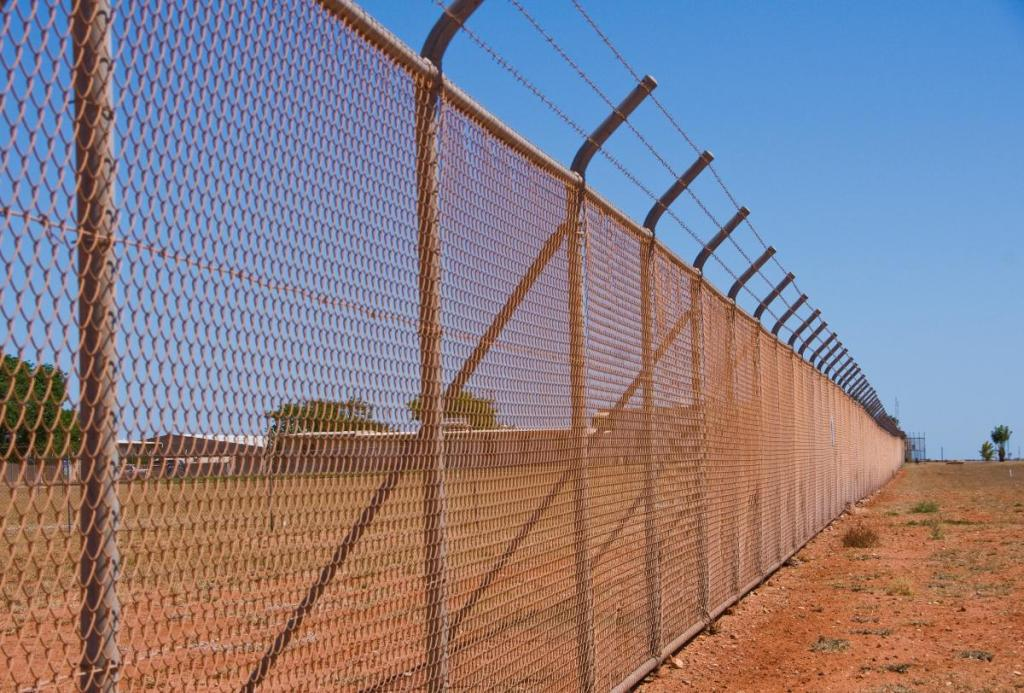 Image of: Hurricane Fence for Sale