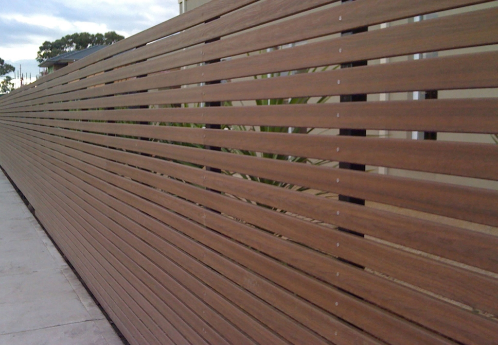 Image of: Modern Composite Fencing