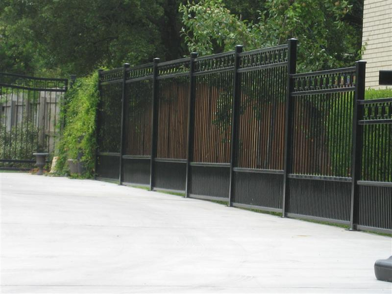 Image of: Modern Metal Fence Panels
