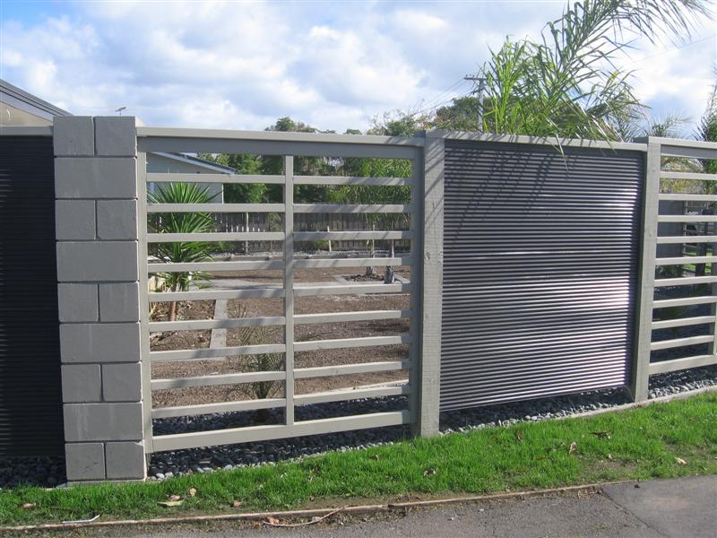 Image of: Modern Metal Fences