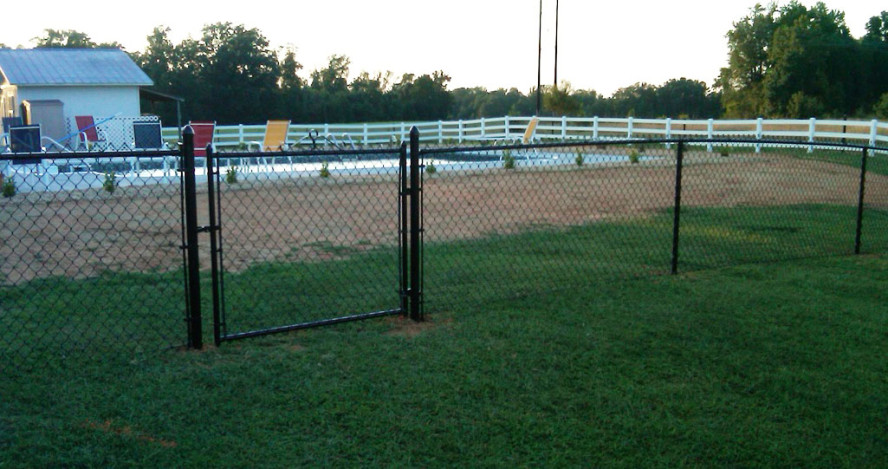 Image of: Outdoor Chain Link Fencing