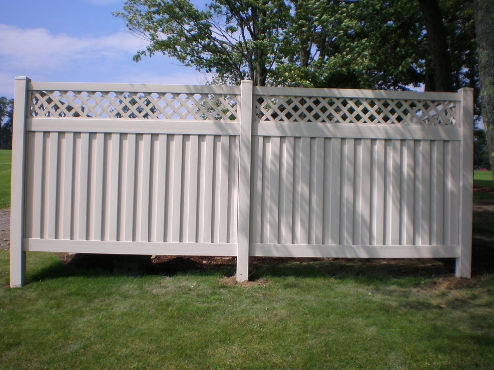 Image of: Plastic Fence Panels Ideas