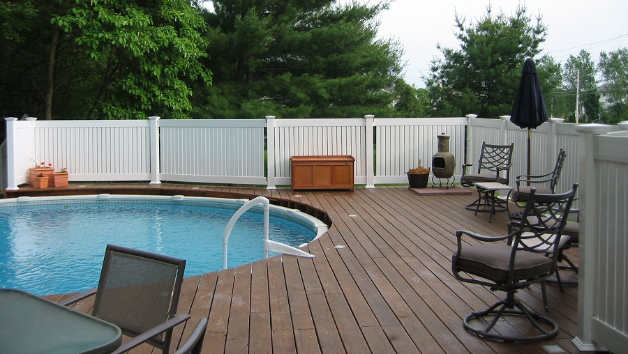 Image of: Plastic Fence Panels Pool