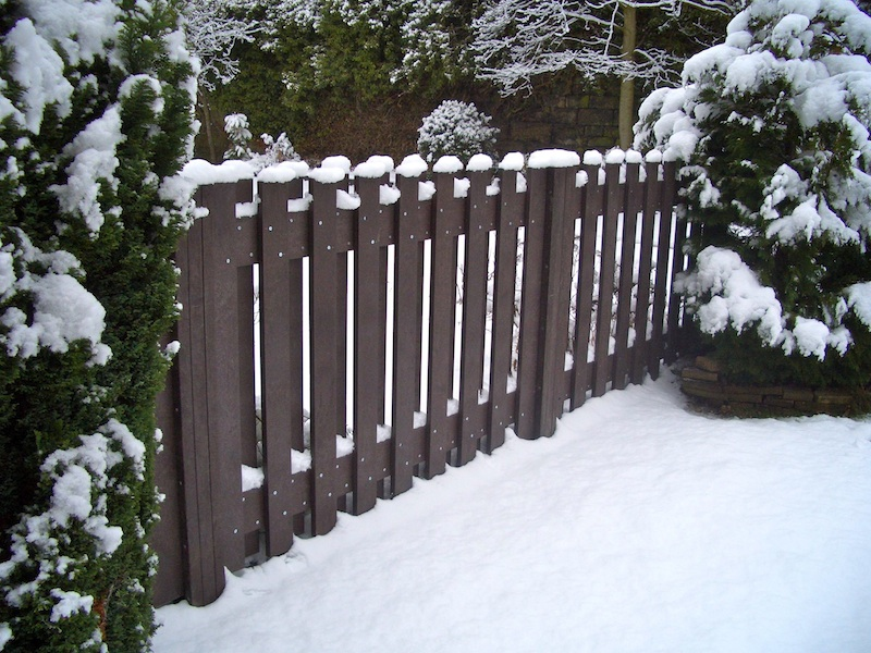 Plastic Fence Panels Winter