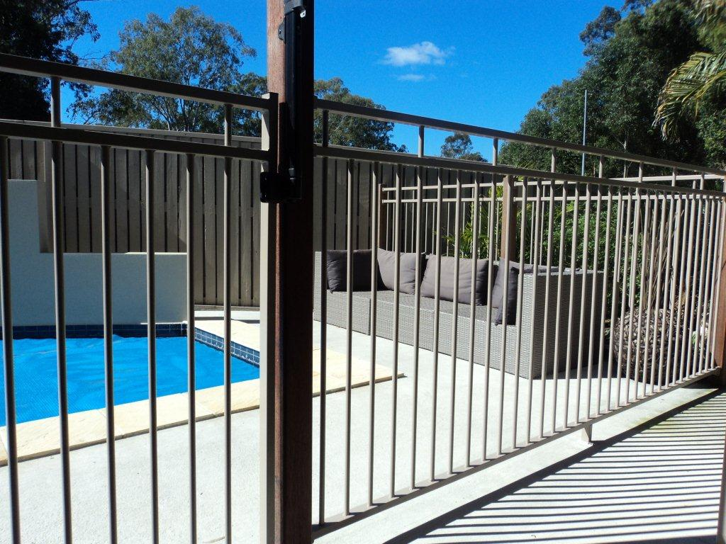 Image of: Pool Fencing Design