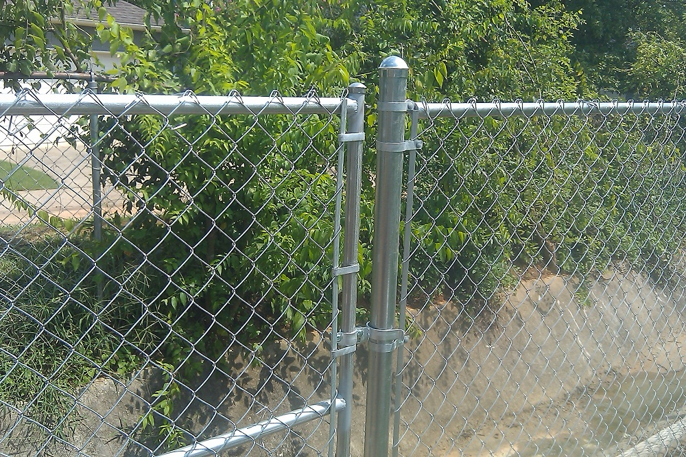 Image of: Popuar Cyclone Fence