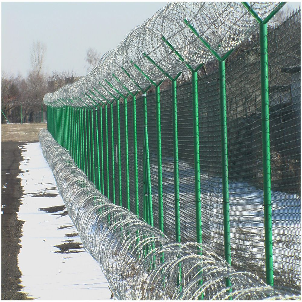 Popular Barbed Wire Fence