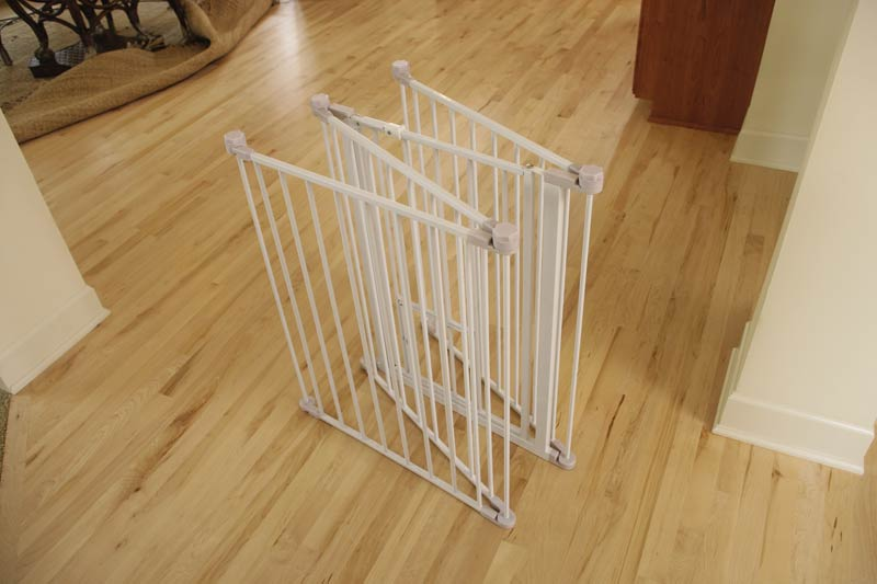 Image of: Portable Dog Fence White