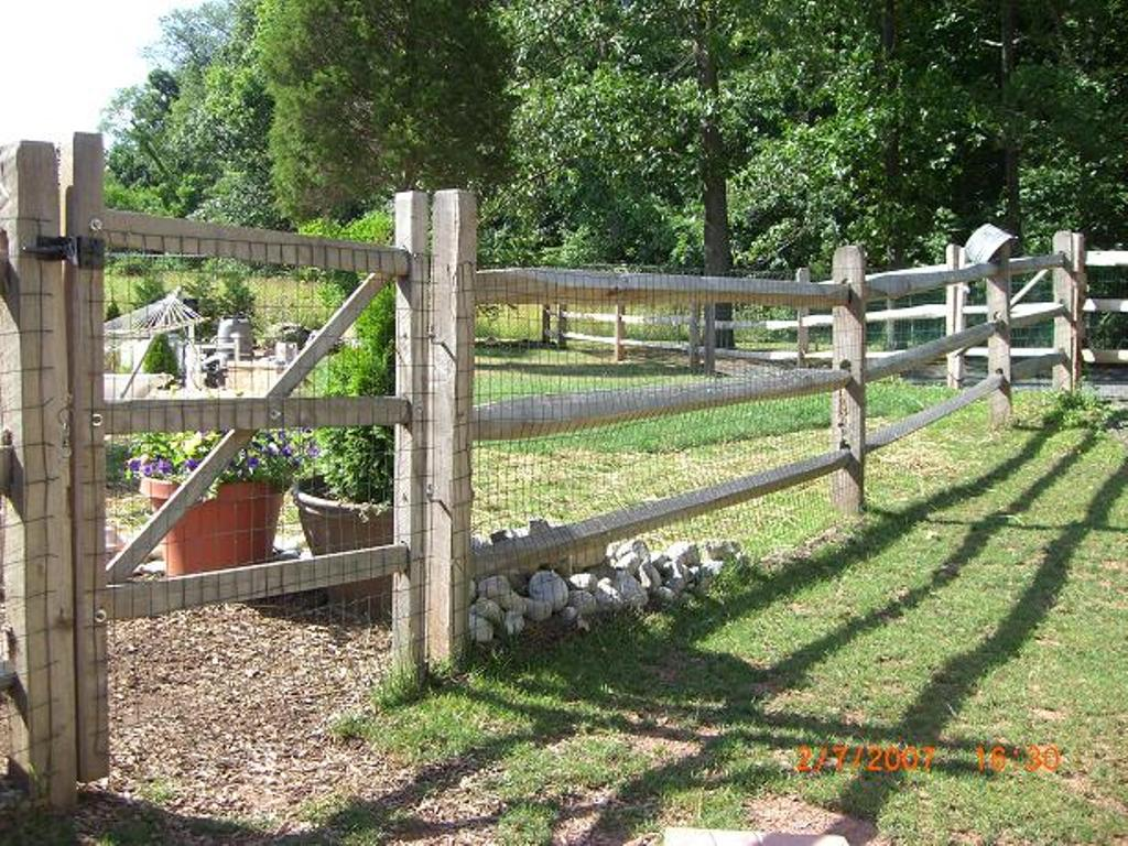 Image of: Post and Rail Fence Supplies