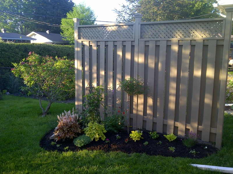 Image of: Privacy Fence Screen Design