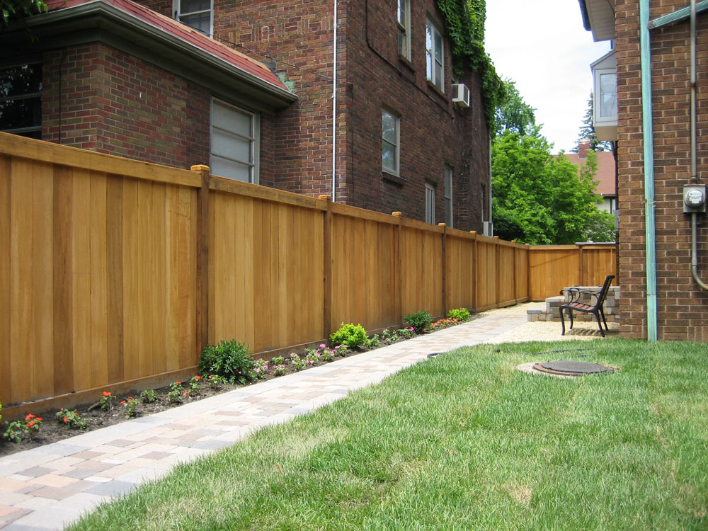 Image of: Simple Cedar Fencing