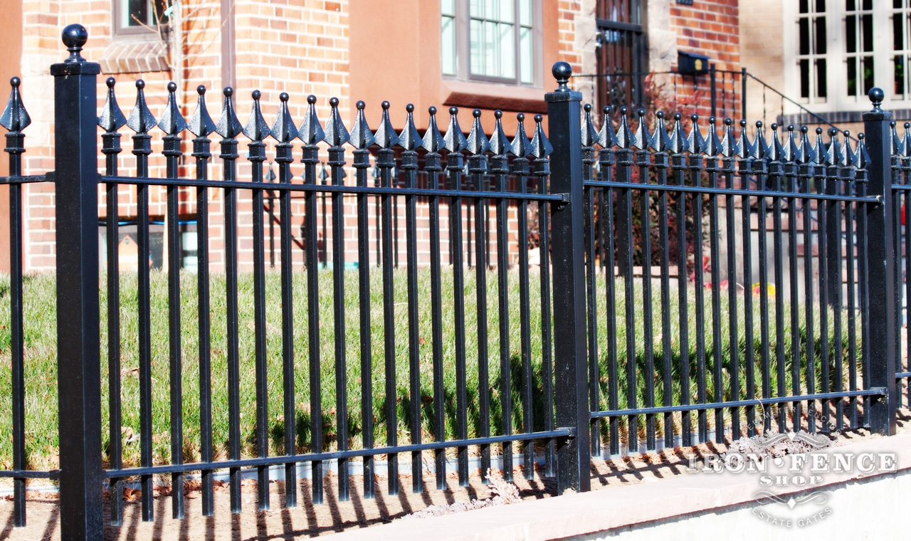 Image of: Strong Iron Fence