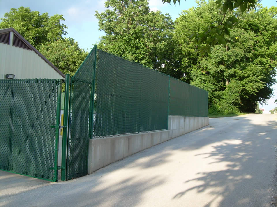 Stylish Chain Link Fence Privacy Slats