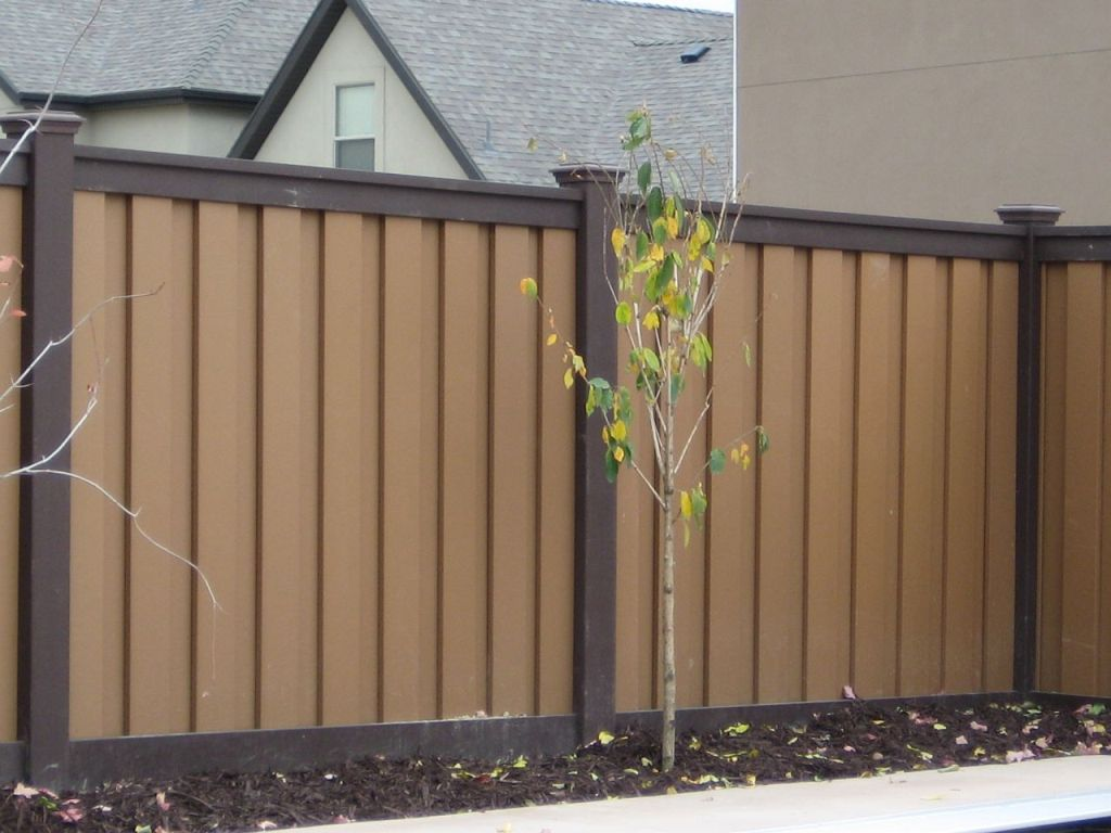 Image of: Trex Composite Fencing