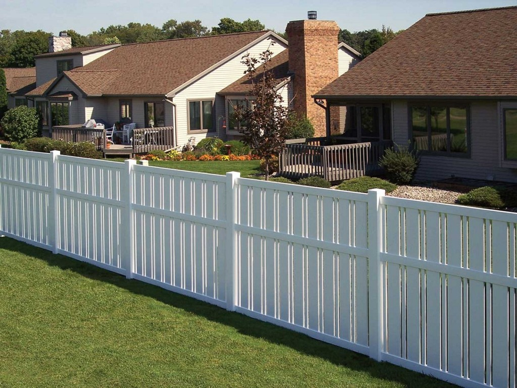 Image of: White Front Yard Fence