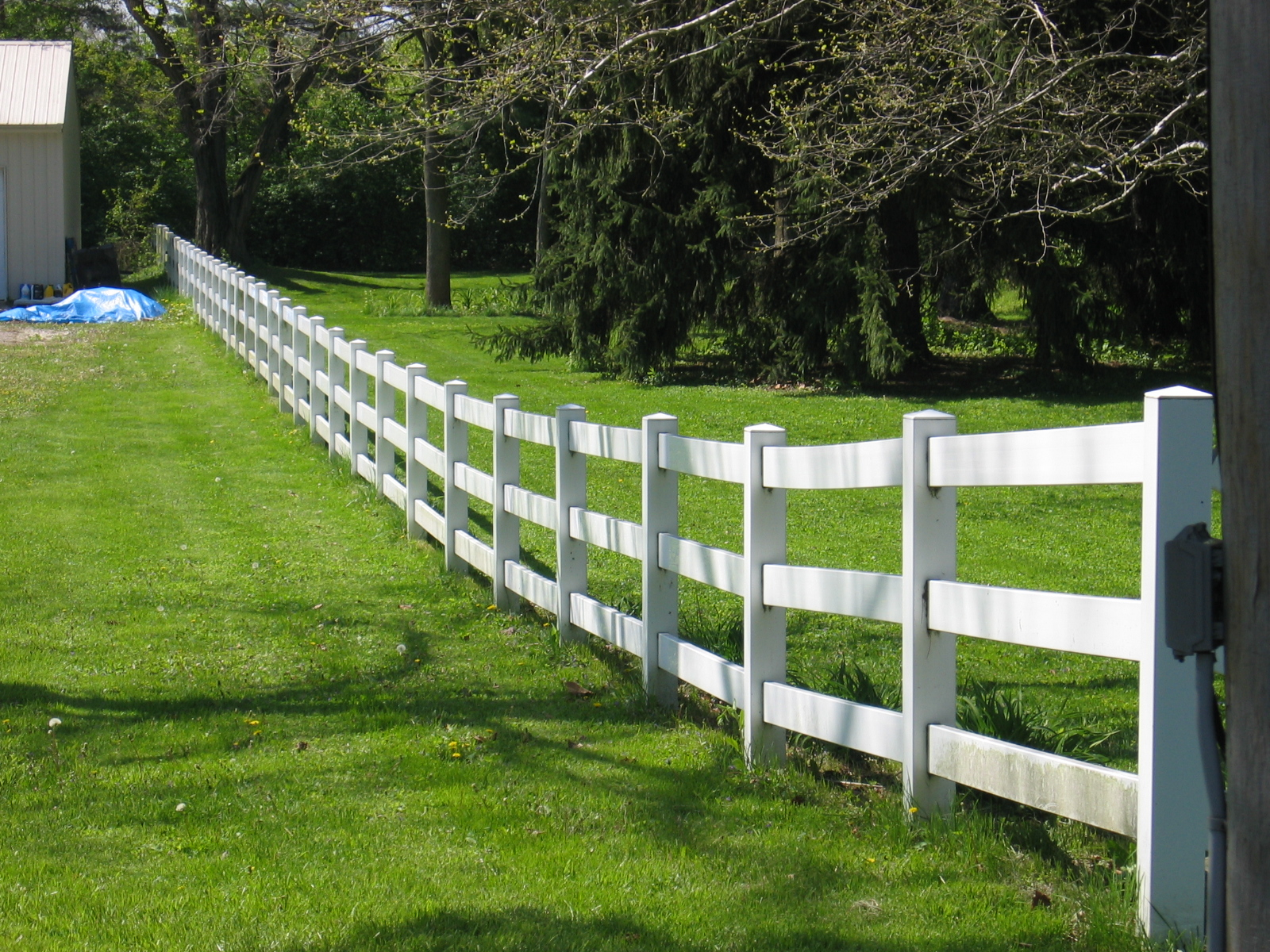 Image of: White Horse Fencing