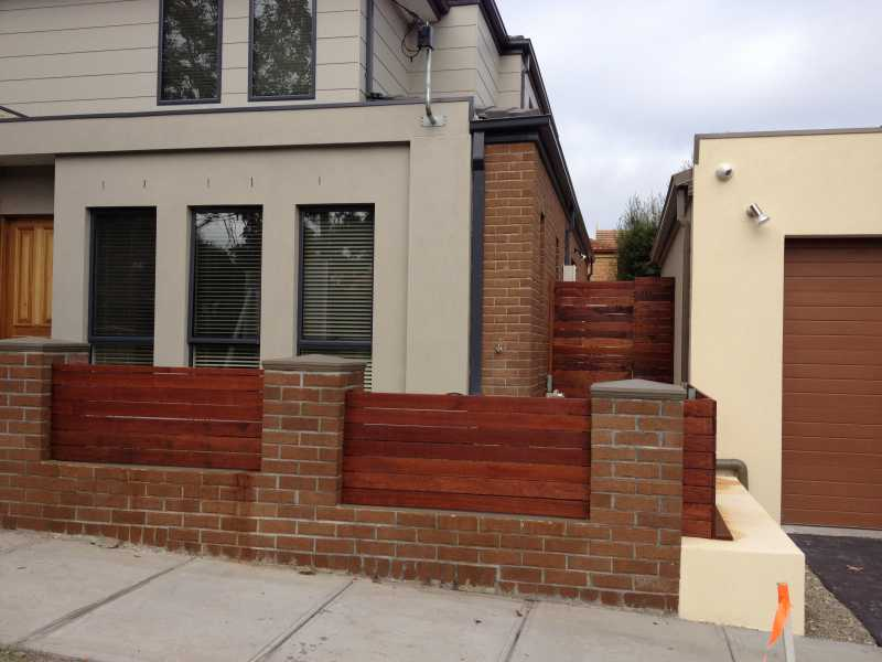 Image of: Wood and Brick Fence