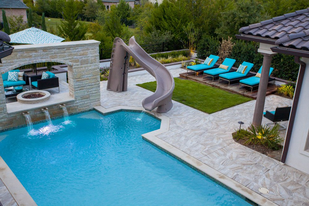 Image of: Above Ground Pool Fountain Backyard