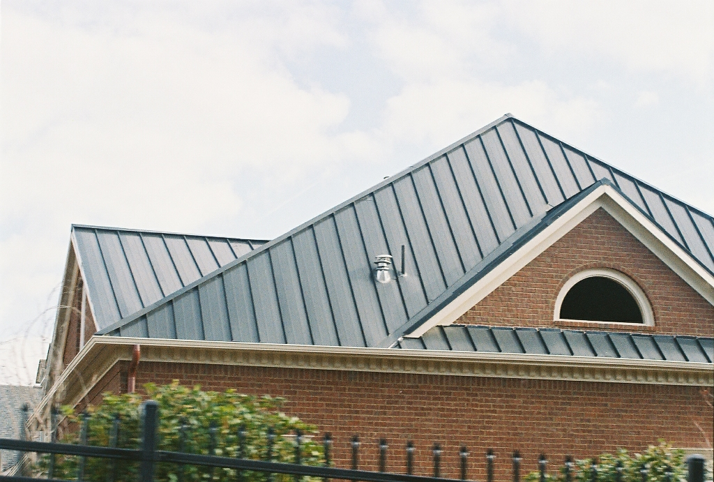 Image of: Aluminum Roofs Ideas