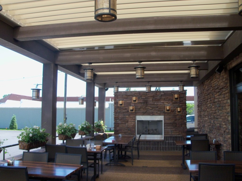 Image of: Arcadia Louvered Roof Dealers