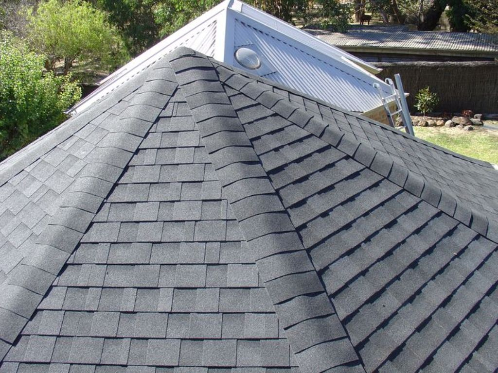 Image of: Asphalt Roof Shingles Reviews