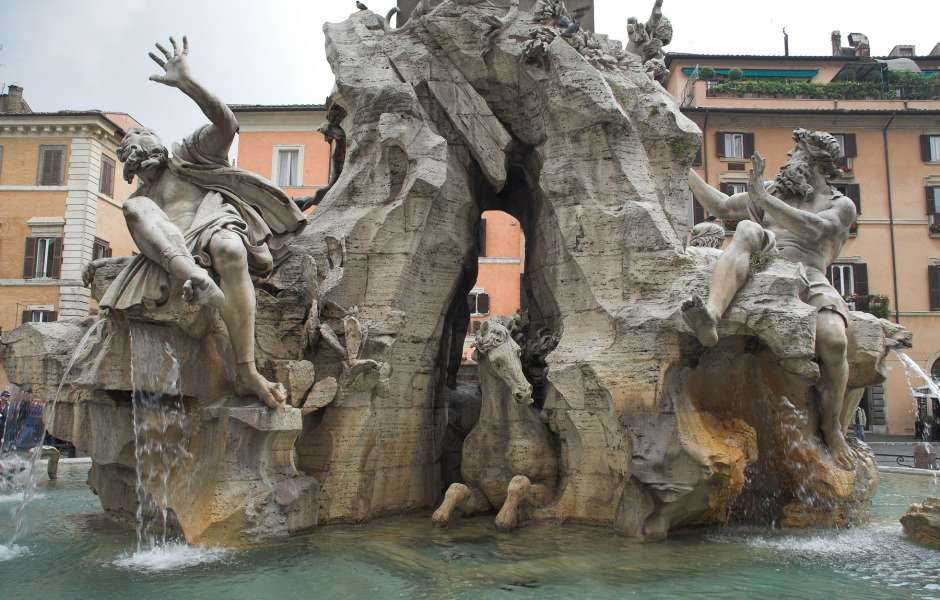Image of: Awesome Bernini Fountains