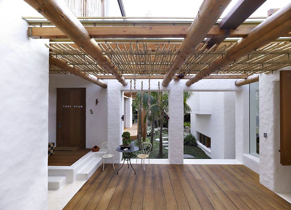 Image of: Bamboo Roof Ideas