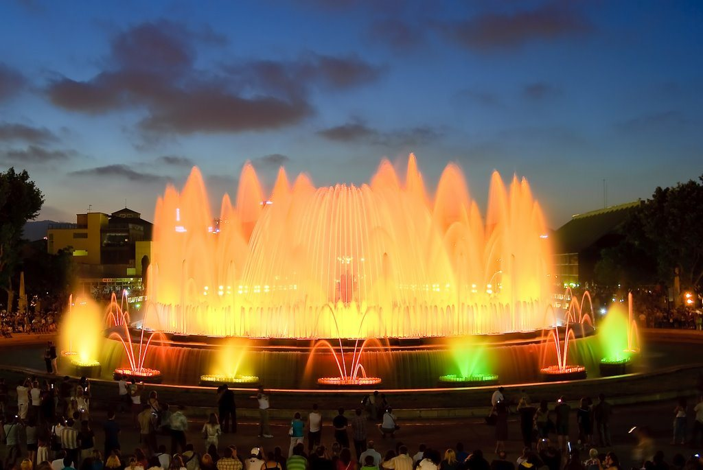 Image of: Barcelona Attractions Magic Fountain