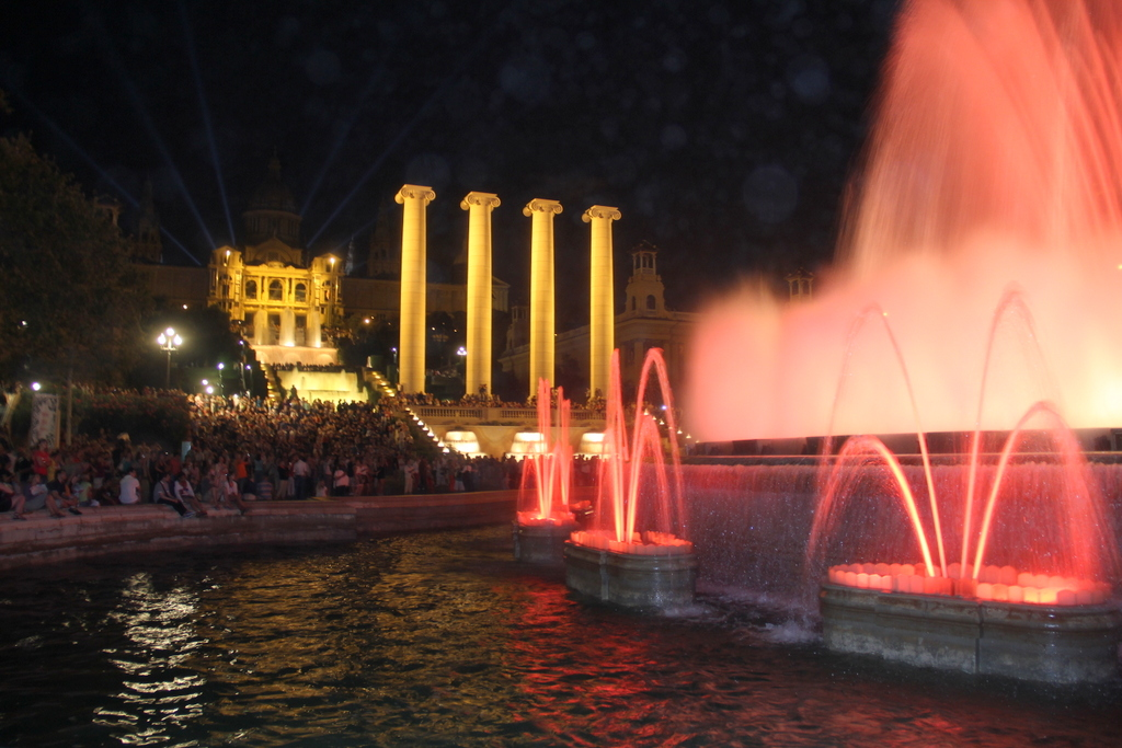 Image of: Barcelona Magic Fountain Hours Designs Ideas