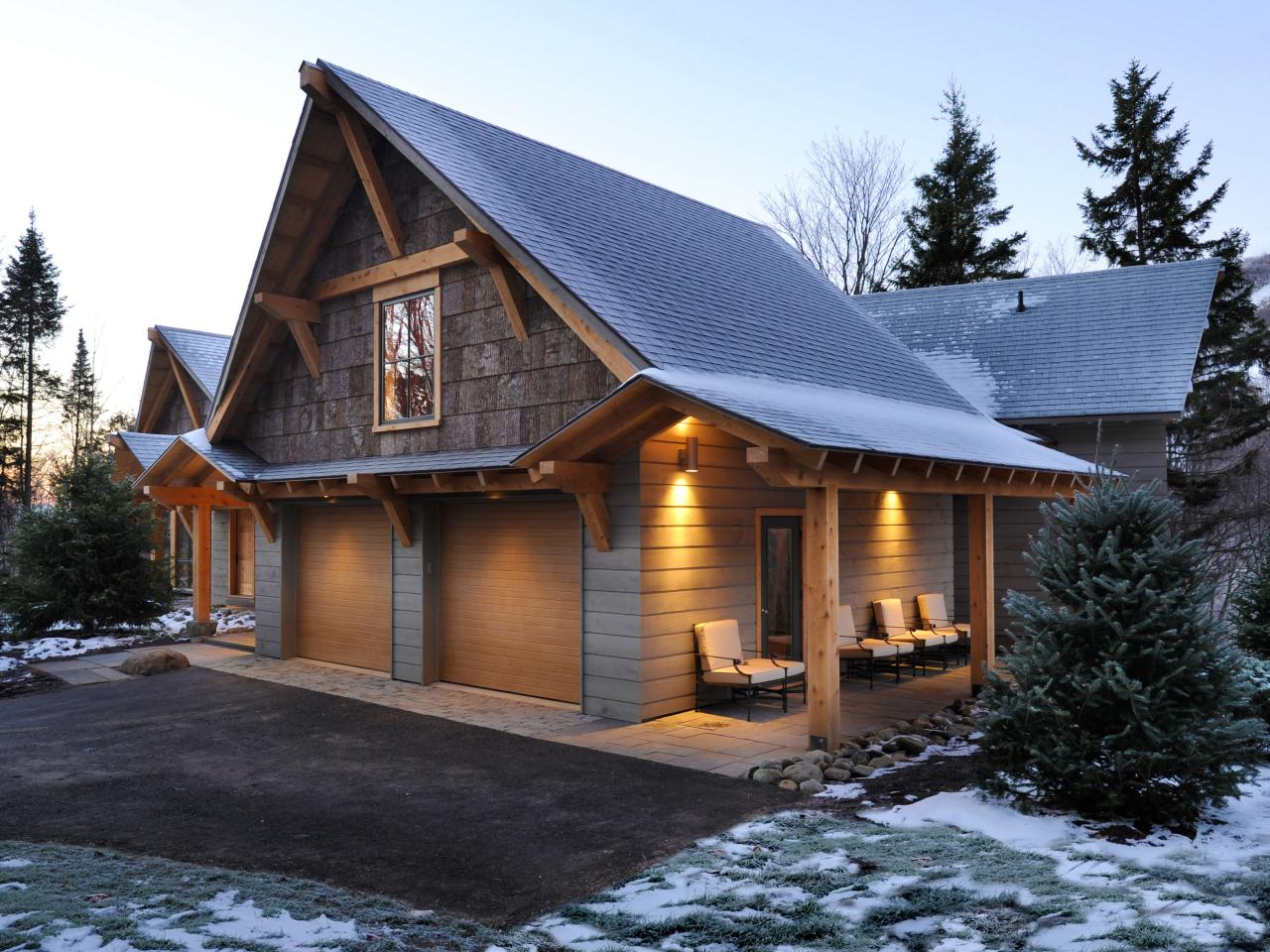 Image of: Barn Roof Styles Garage