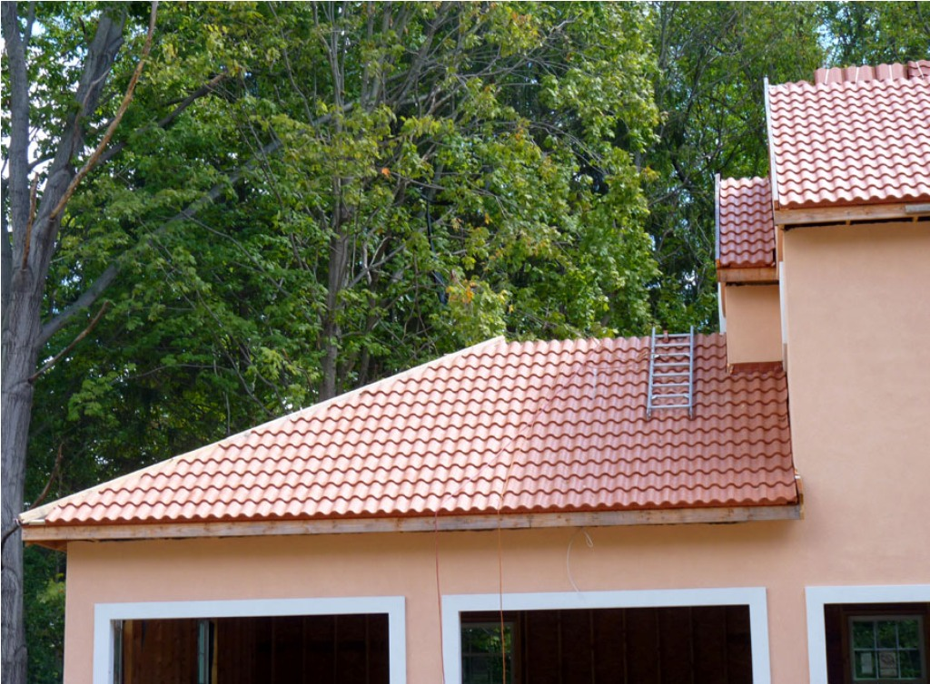 Image of: Barrel Tile Roof Cleaning