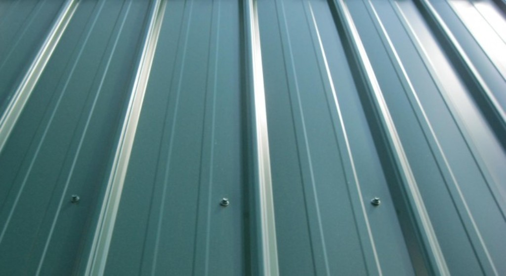 Best Roof Vents for Metal Roofs