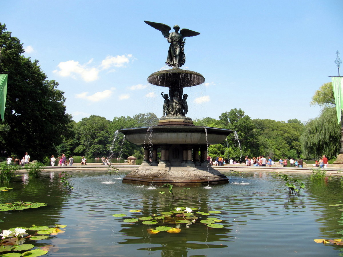 Image of: Bethesda Fountain and Pond
